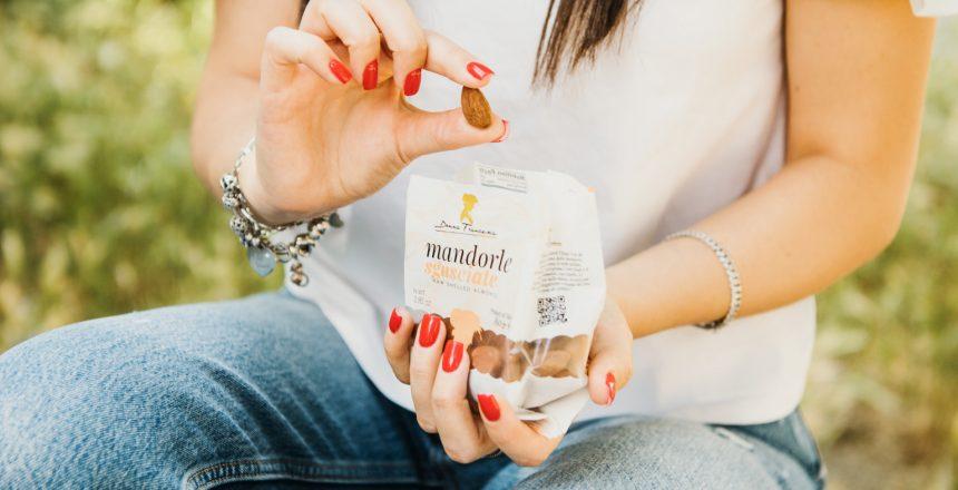 mandorle nella dieta donna francesca